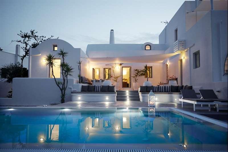 aleria-villa-santorini-pool