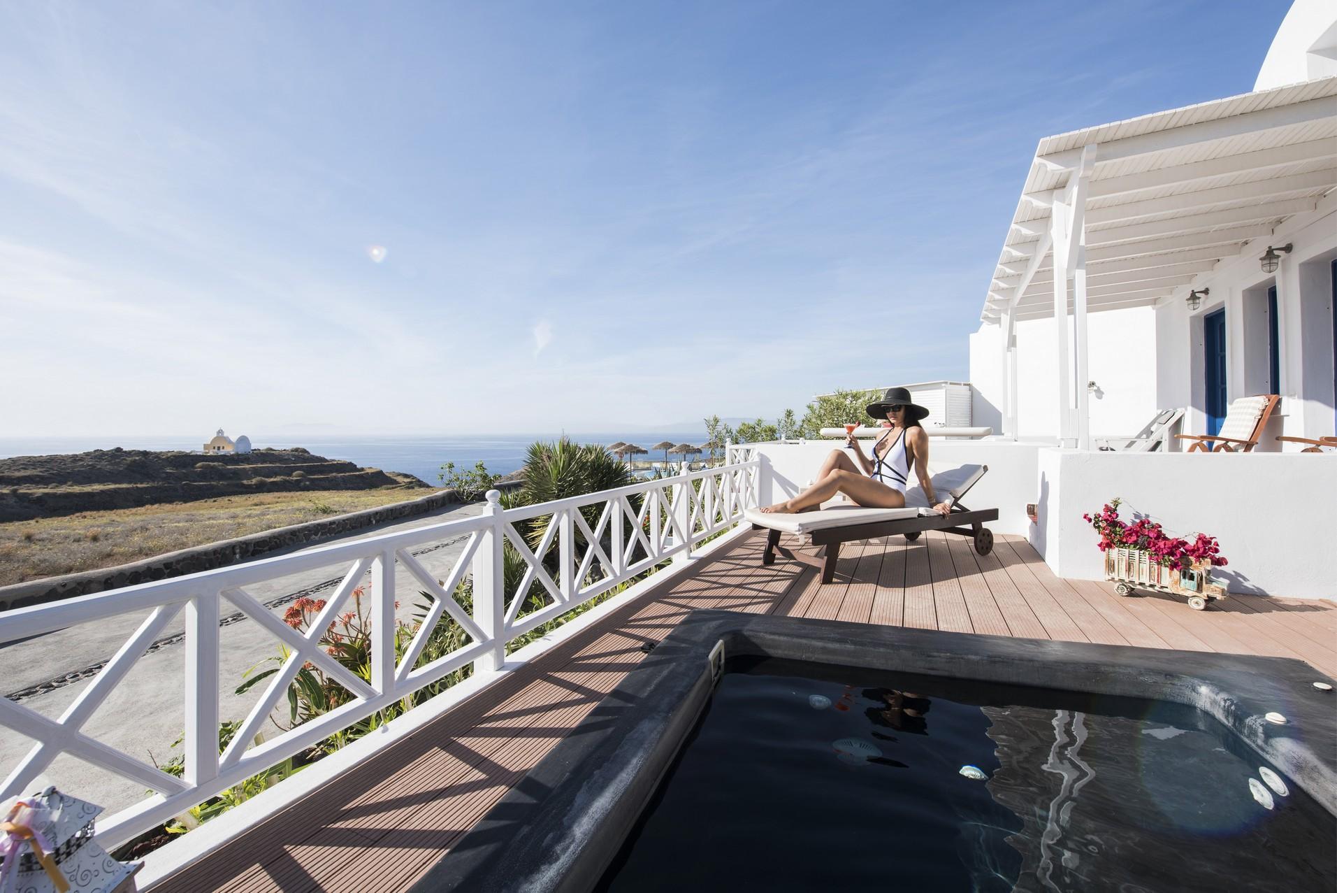 santorini villa holidays
