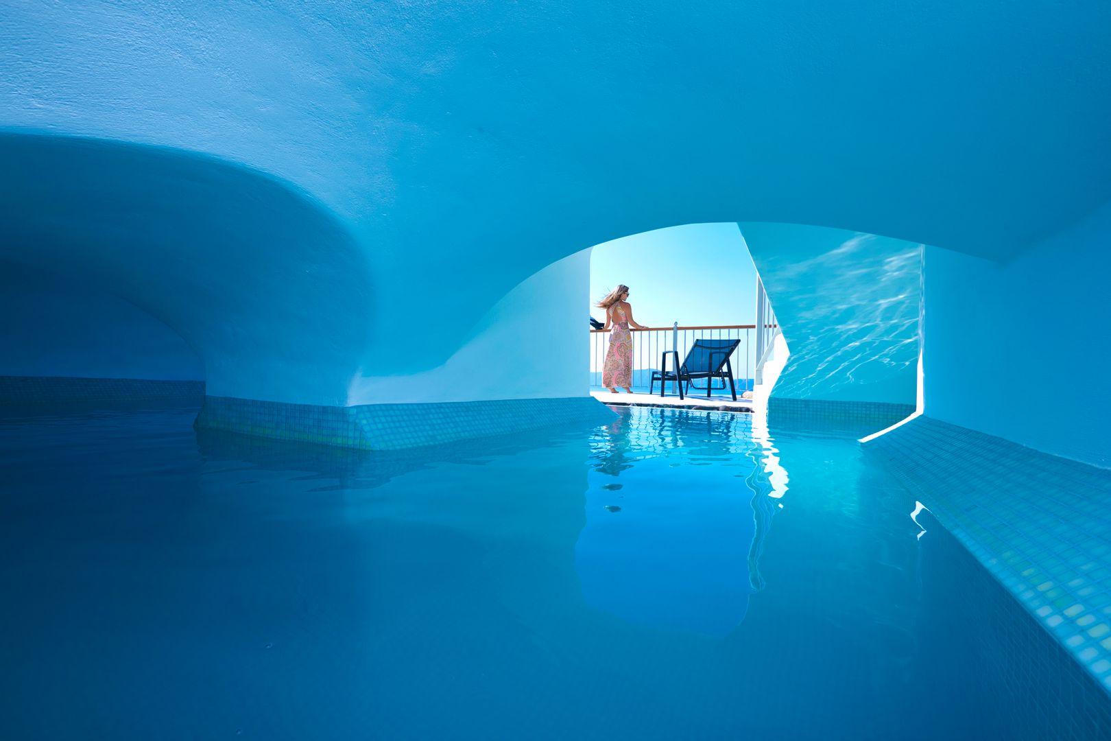 Santorini Villas For Rent Cori Rigas Suites Fira