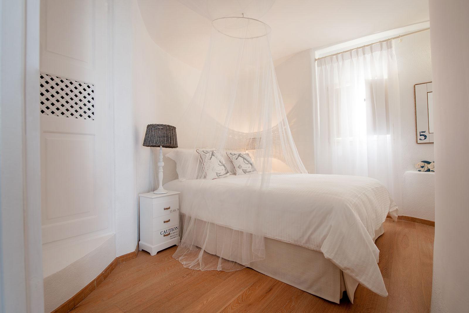 Luxury 3 bedroomed villas Oia