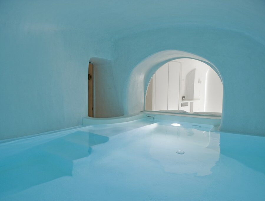 villa-aesthesis-fira-indoor-pool