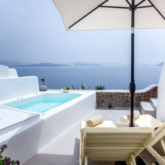 santorini villas infinity pools