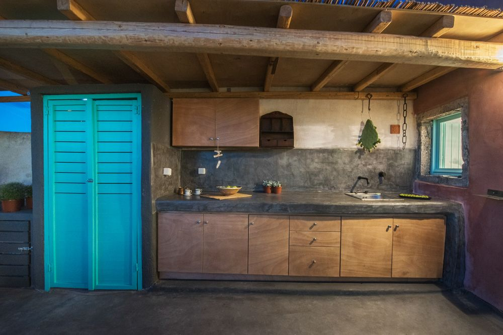 finikia villa kitchen