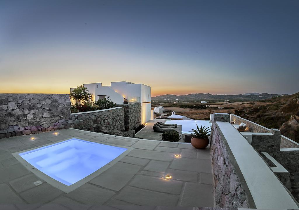 luxury naxos villas
