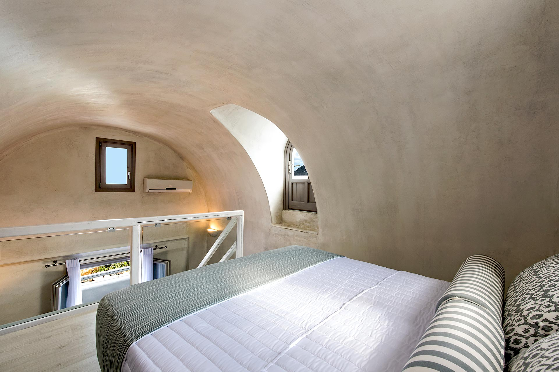 gonia residence santorini images