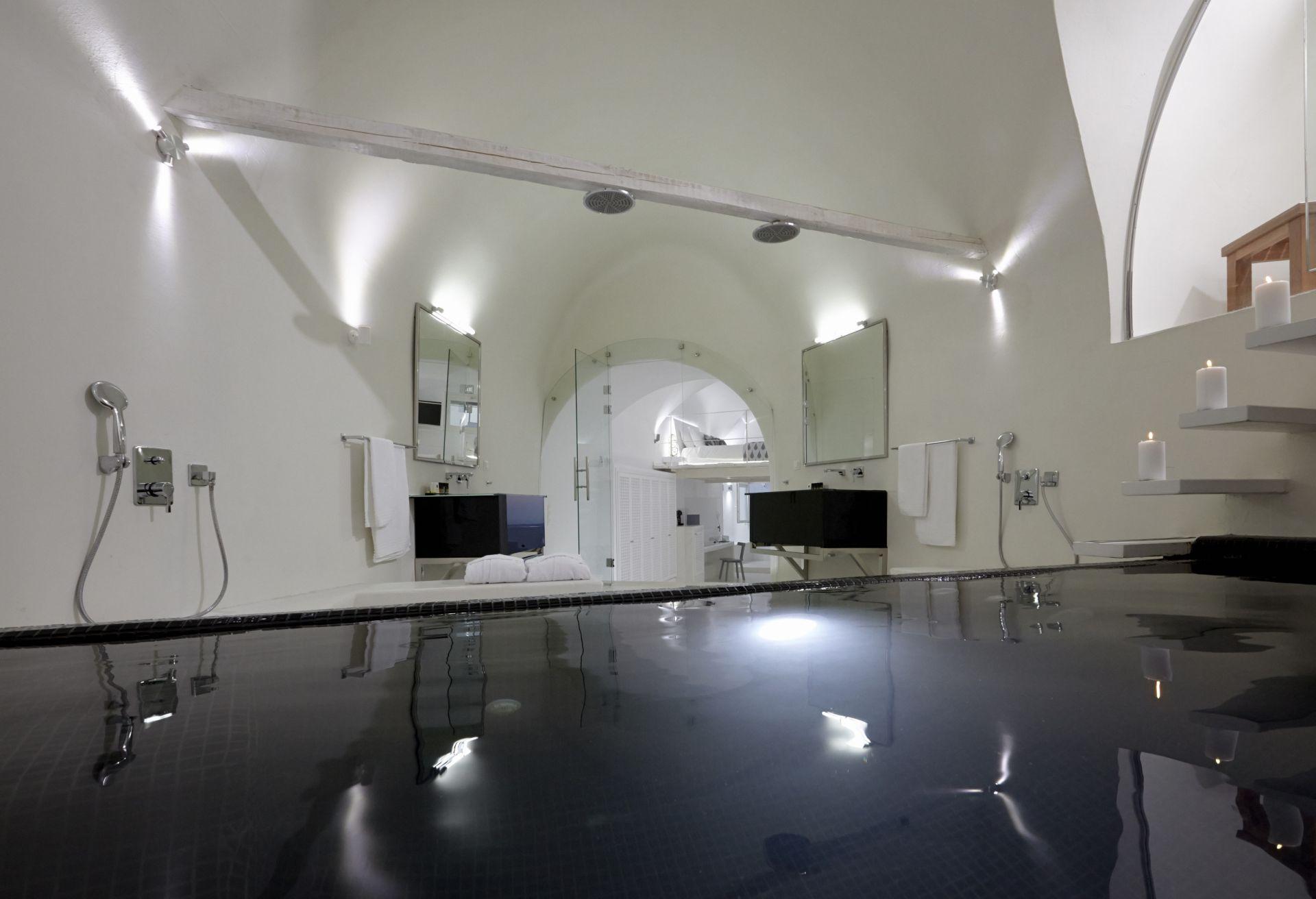 luxury villas santorini