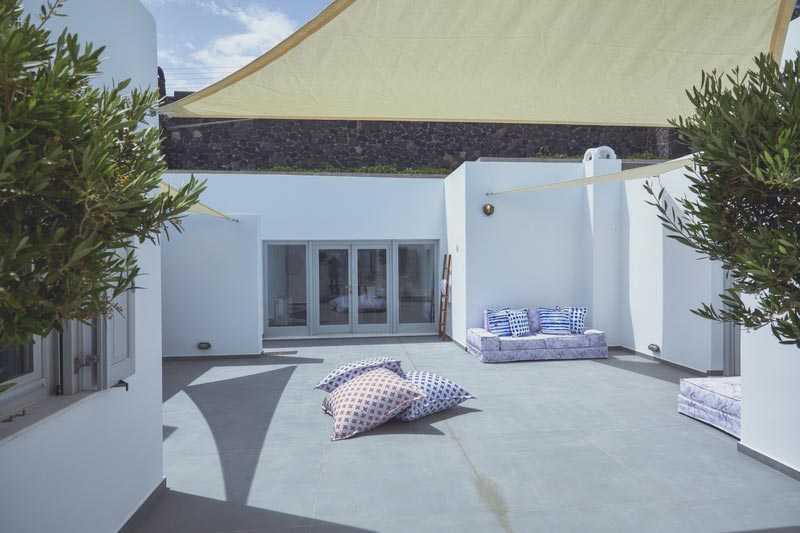 akrotiri private residence images