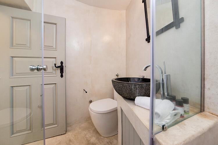 megalochori luxury villas