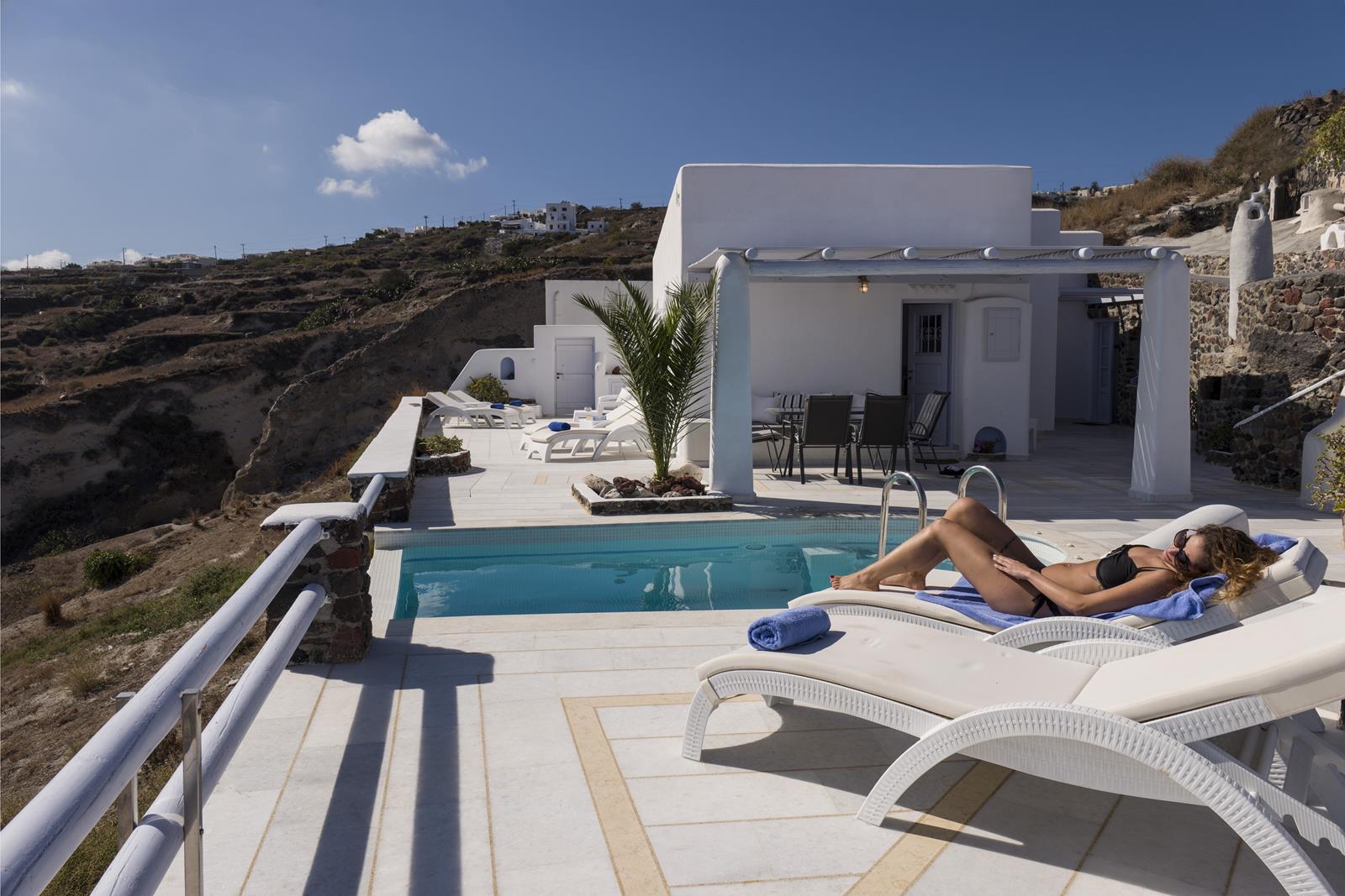 imerovigli villa 2 bedrroms private pool