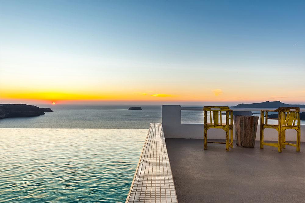 santorini villas infinity pool