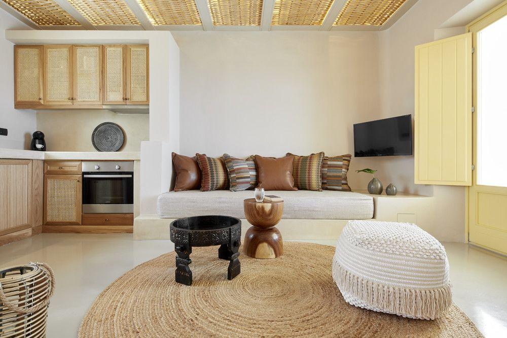 santorini luxury villa rentals