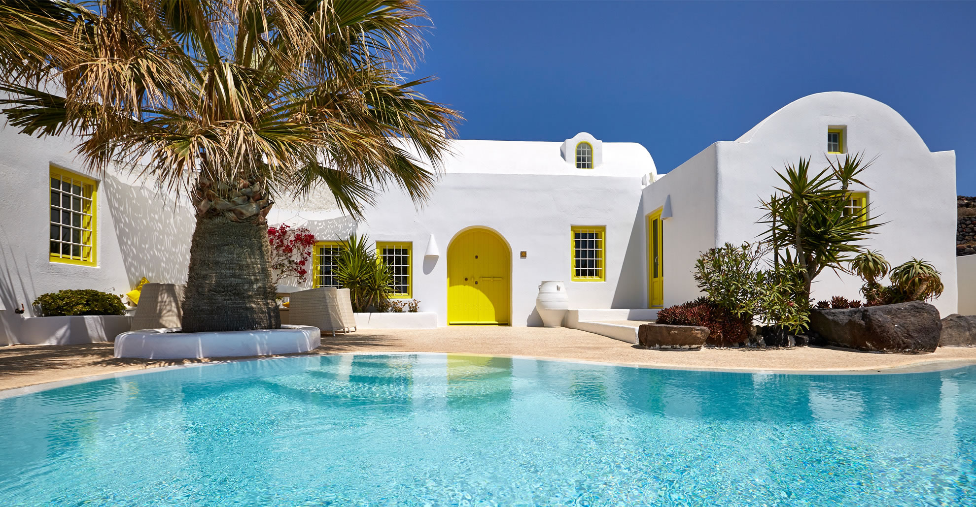 luxury santorini villas