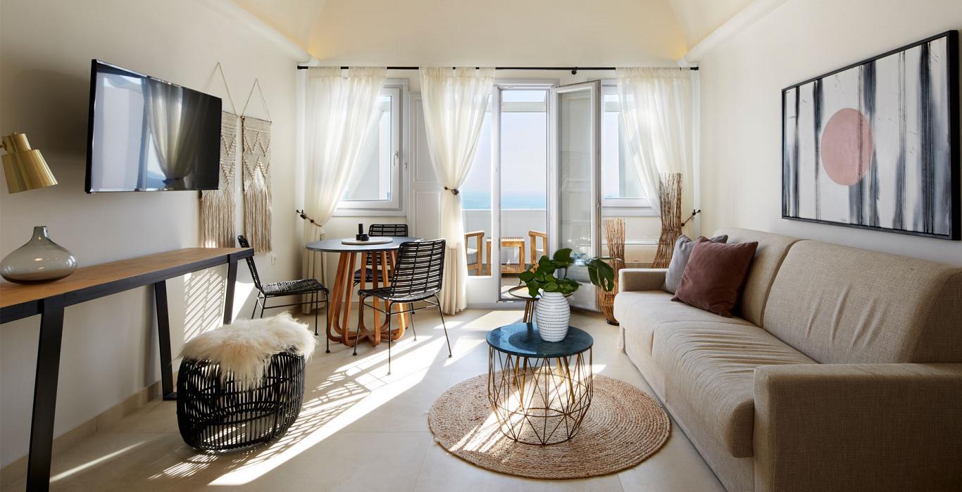 celestia grand lounge