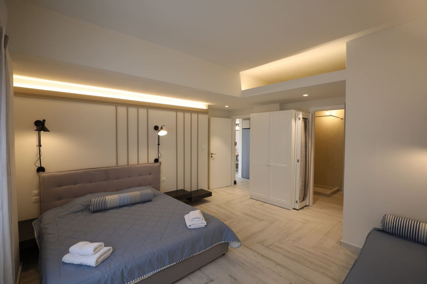 wedding villa imerovigli santorini bedroom
