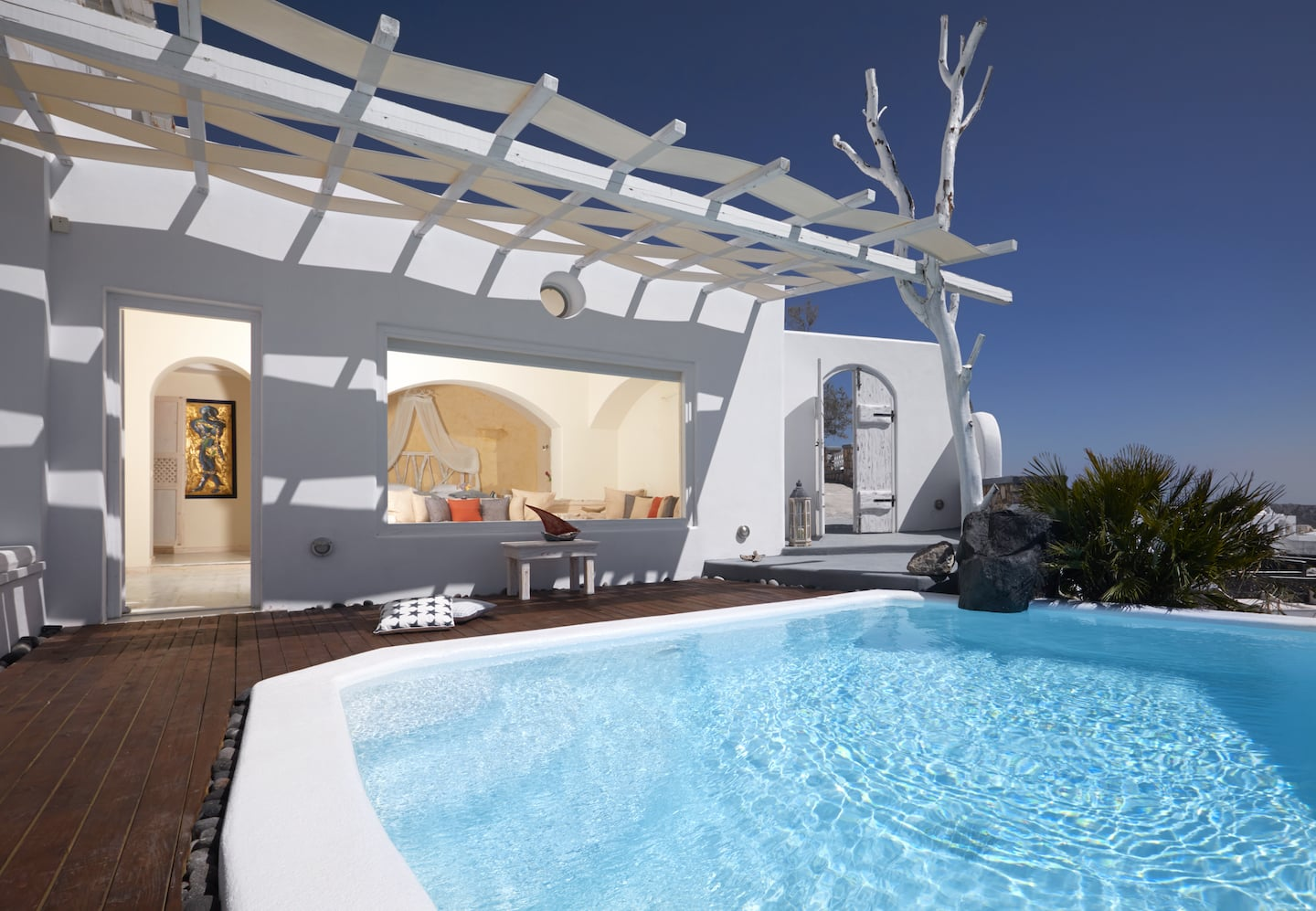 santorini luxury suites