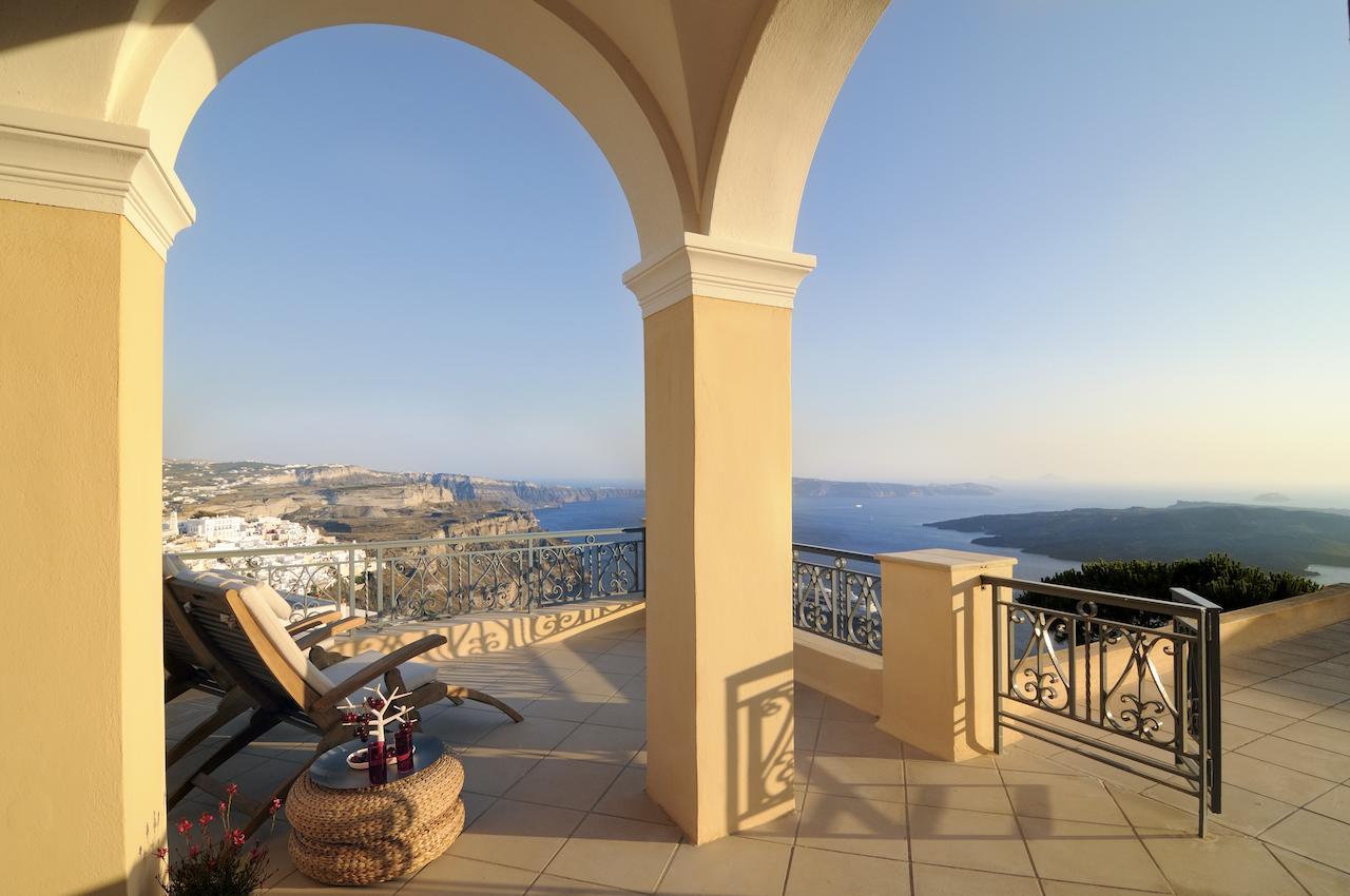 palazzo firostefani views