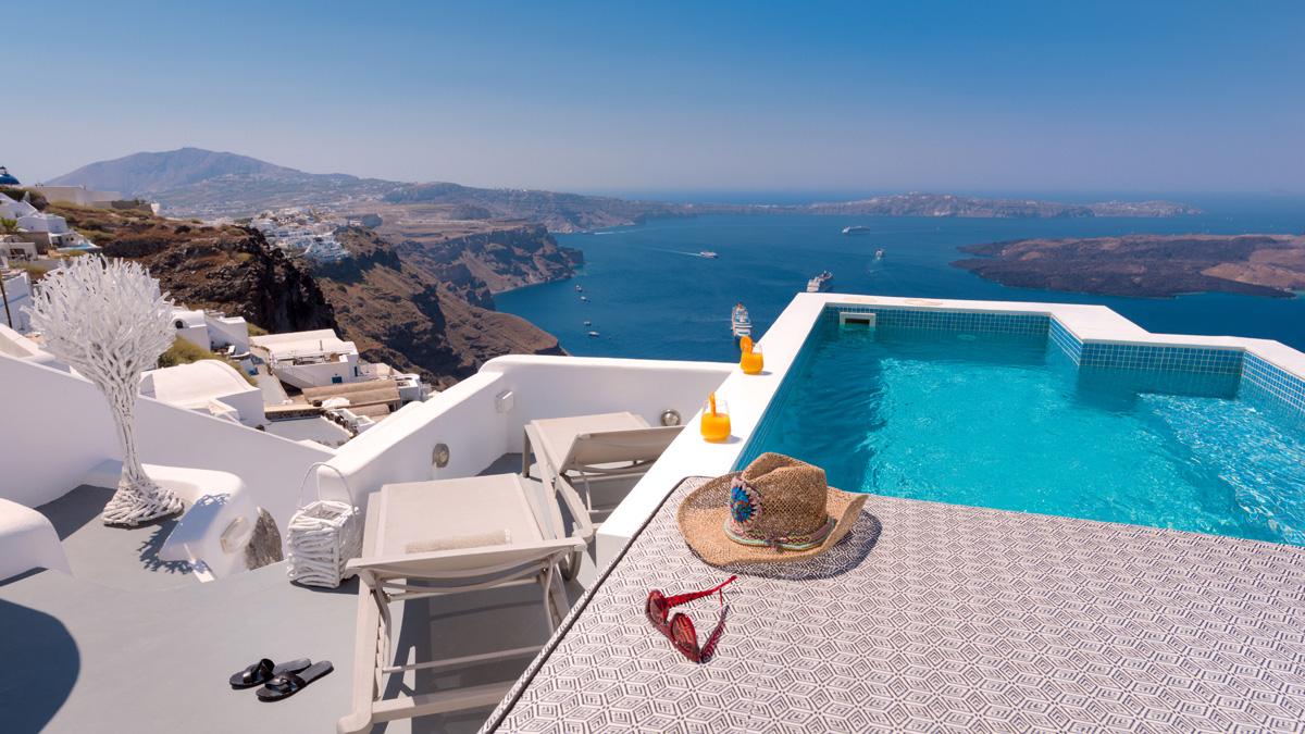 oia luxury villas santorini