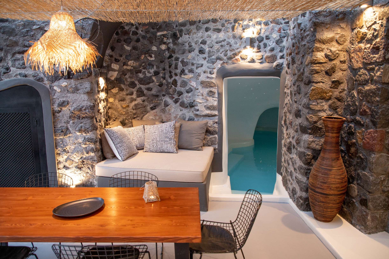 courtyard mesa gonia cave house