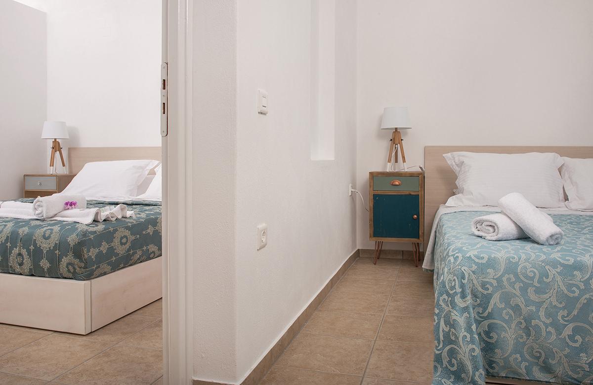 santorini 4 bedroom villas