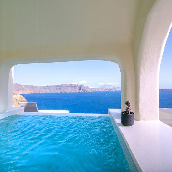 luxury villas oia
