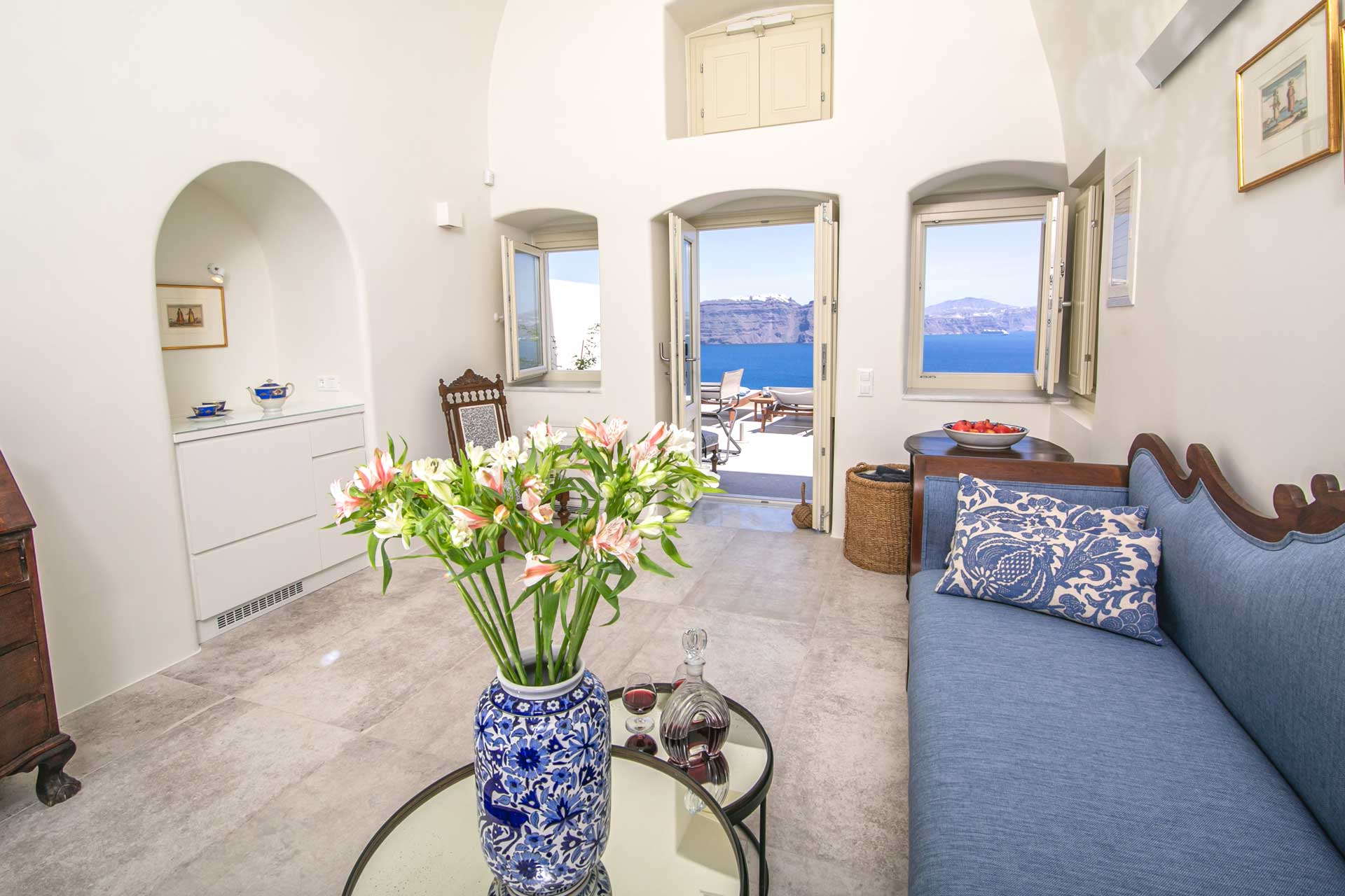 luxury villas oia santorini