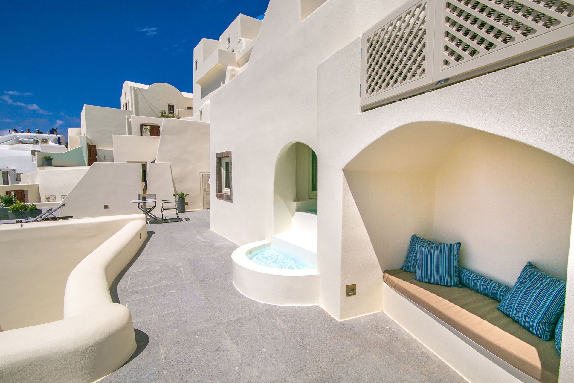 luxury villas oia