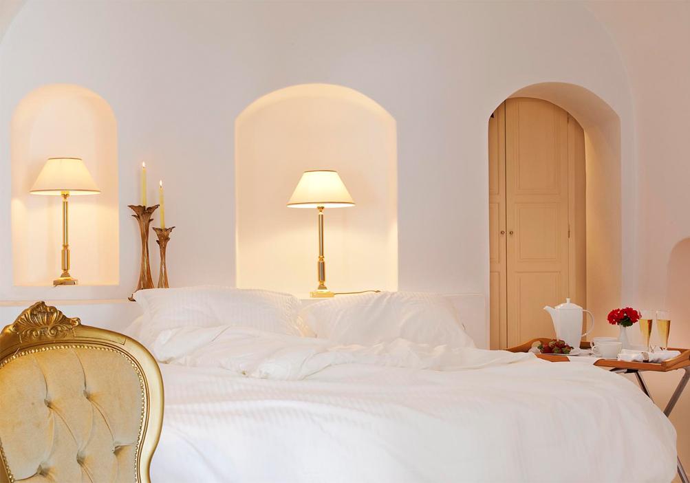 endless blue luxury suites