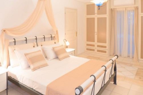 villa rentals naxos greece