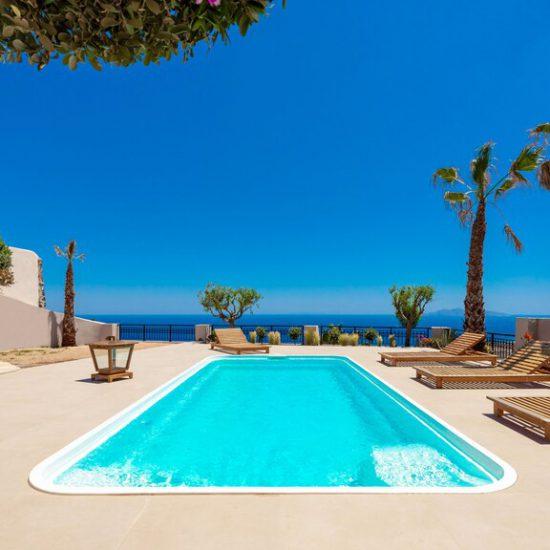 luxury villas imerovigli pools