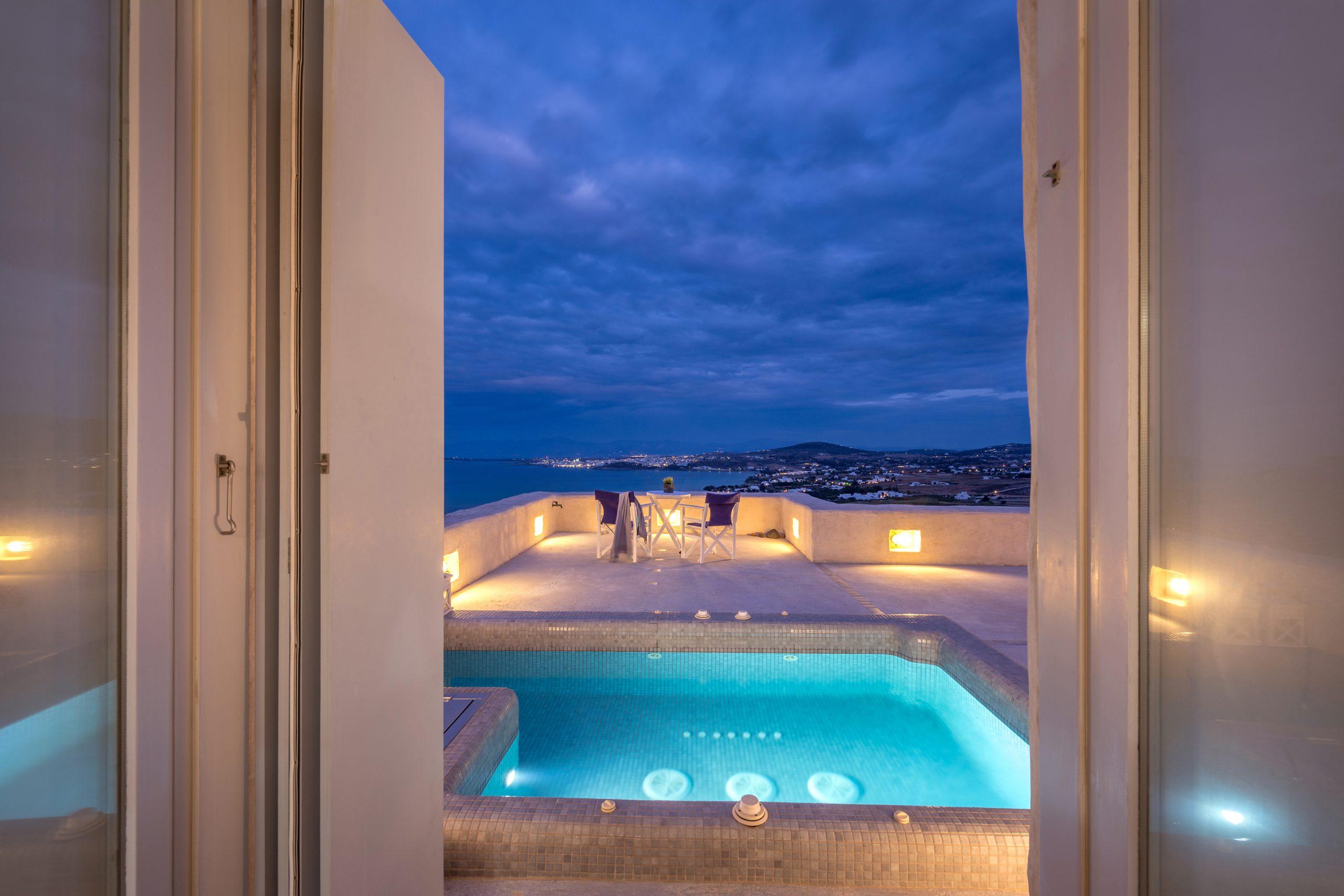 luxury villas paros
