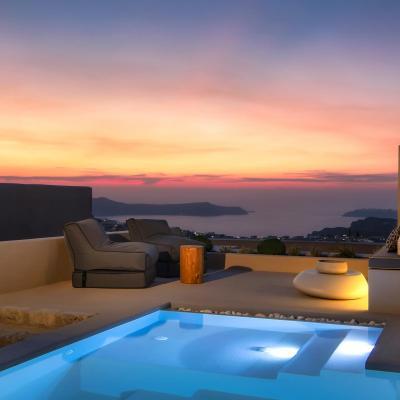 luxury cave suites pyrgos