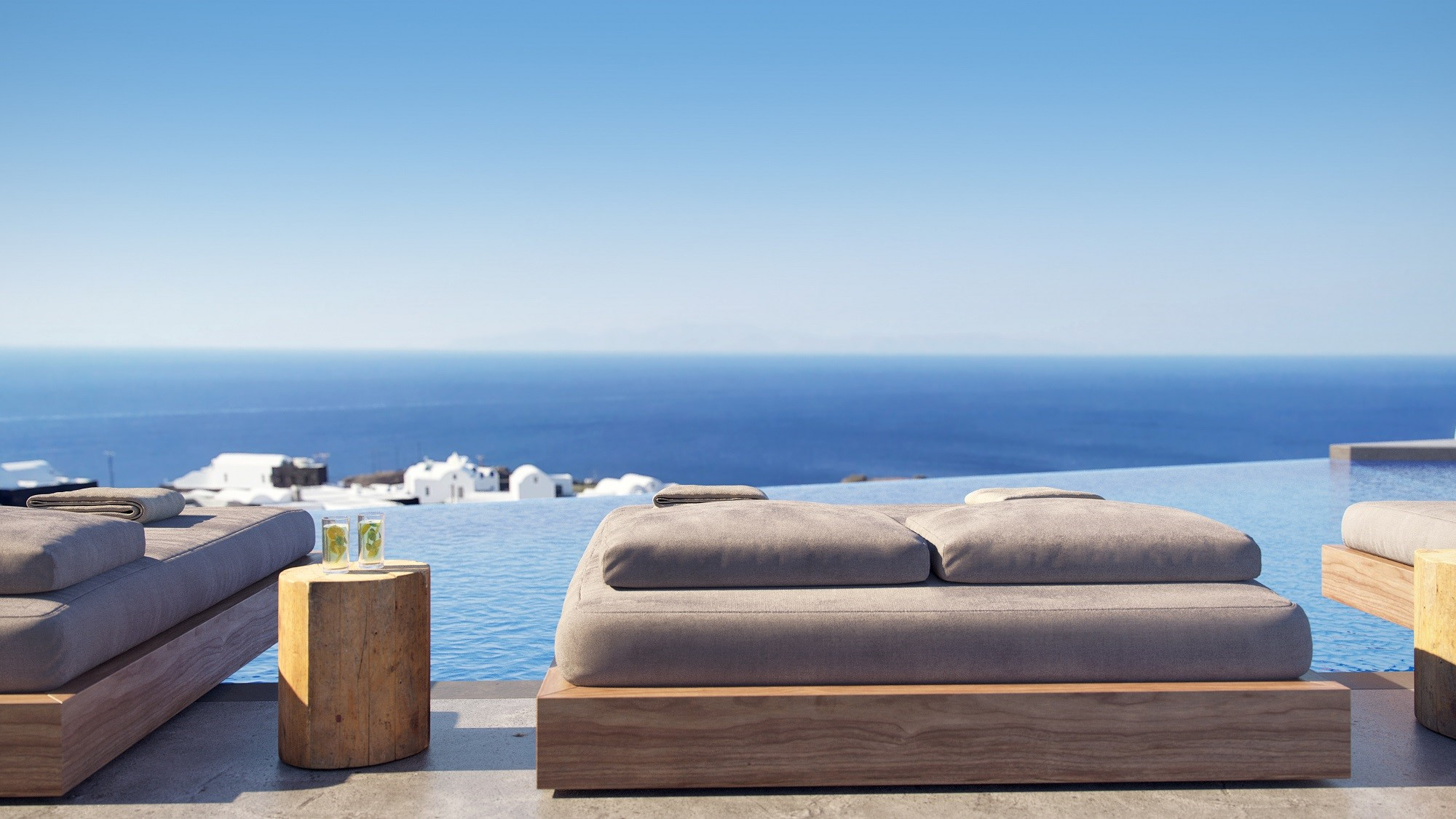 oia villas private pool