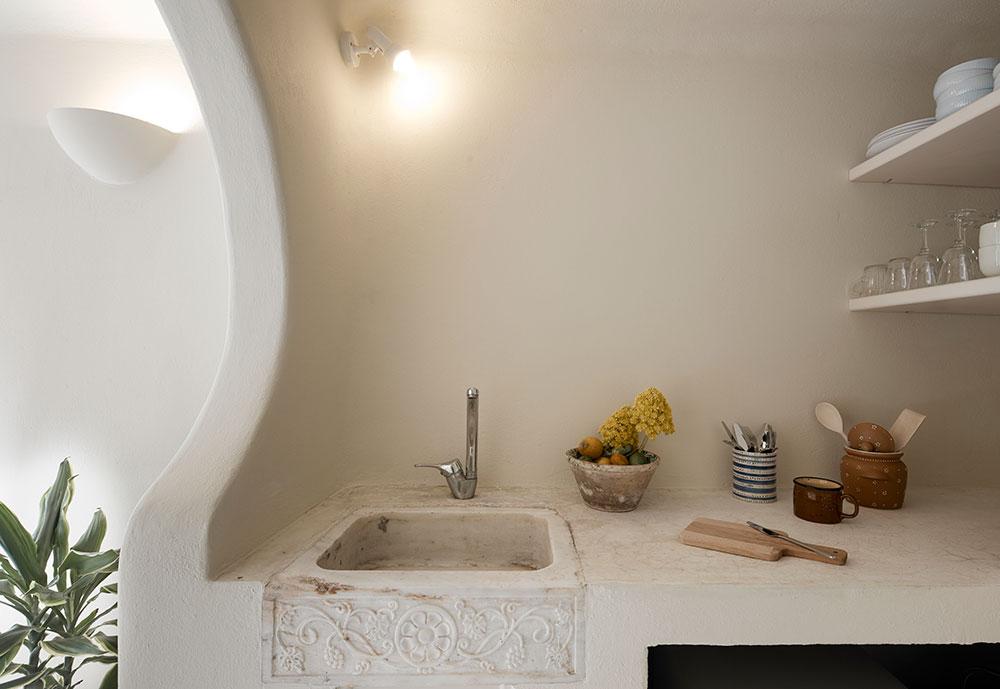cave suites santorini kitchen