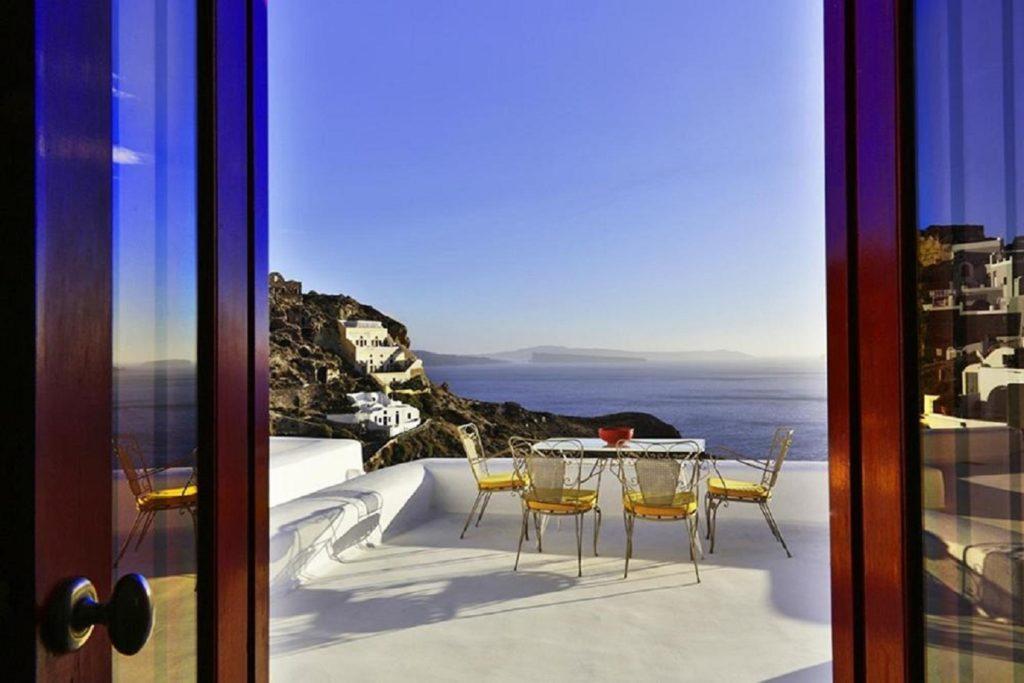 caldera views santorini suite