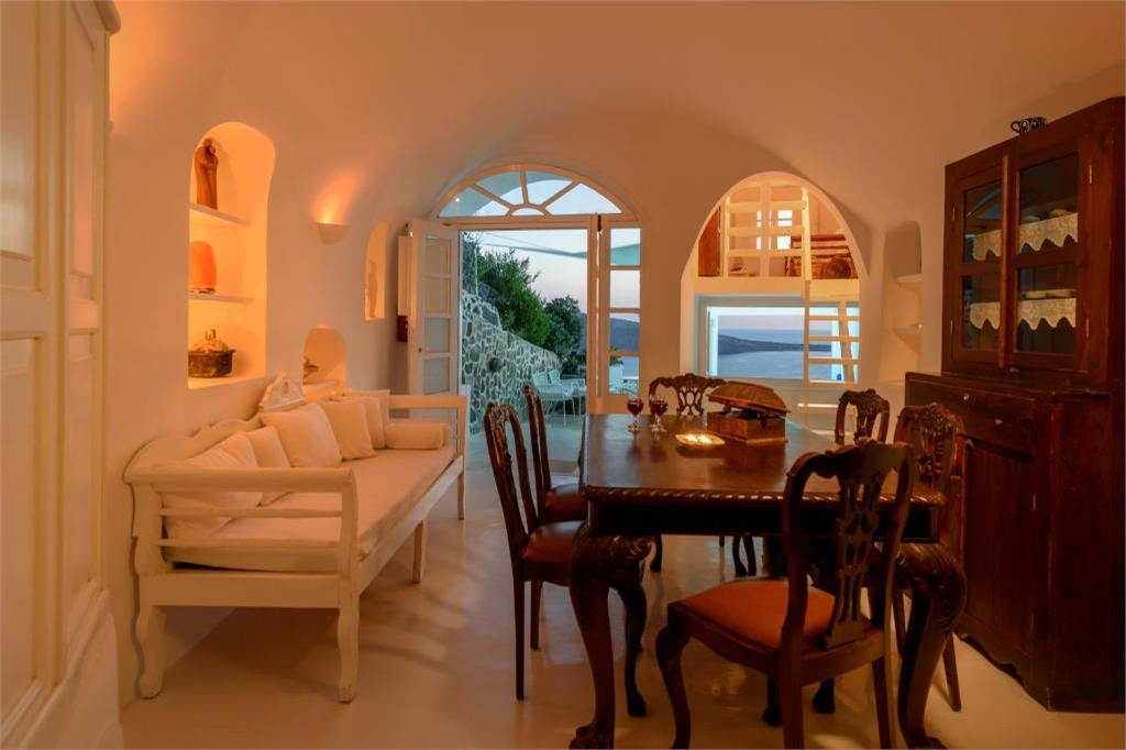 oia 3 bedroom villas holidays