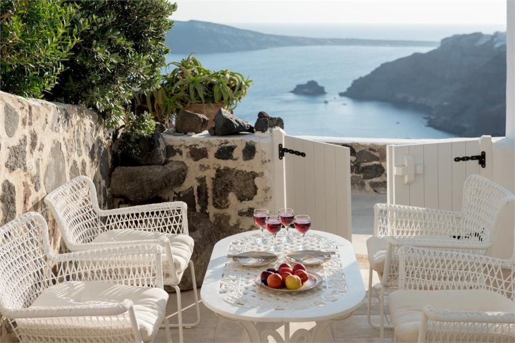 santorini oia 3 bedroom villas