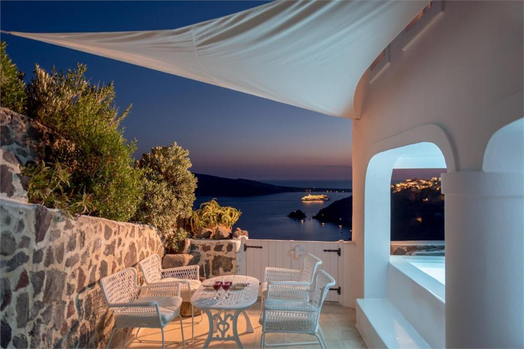 oia 3 bedroom villa