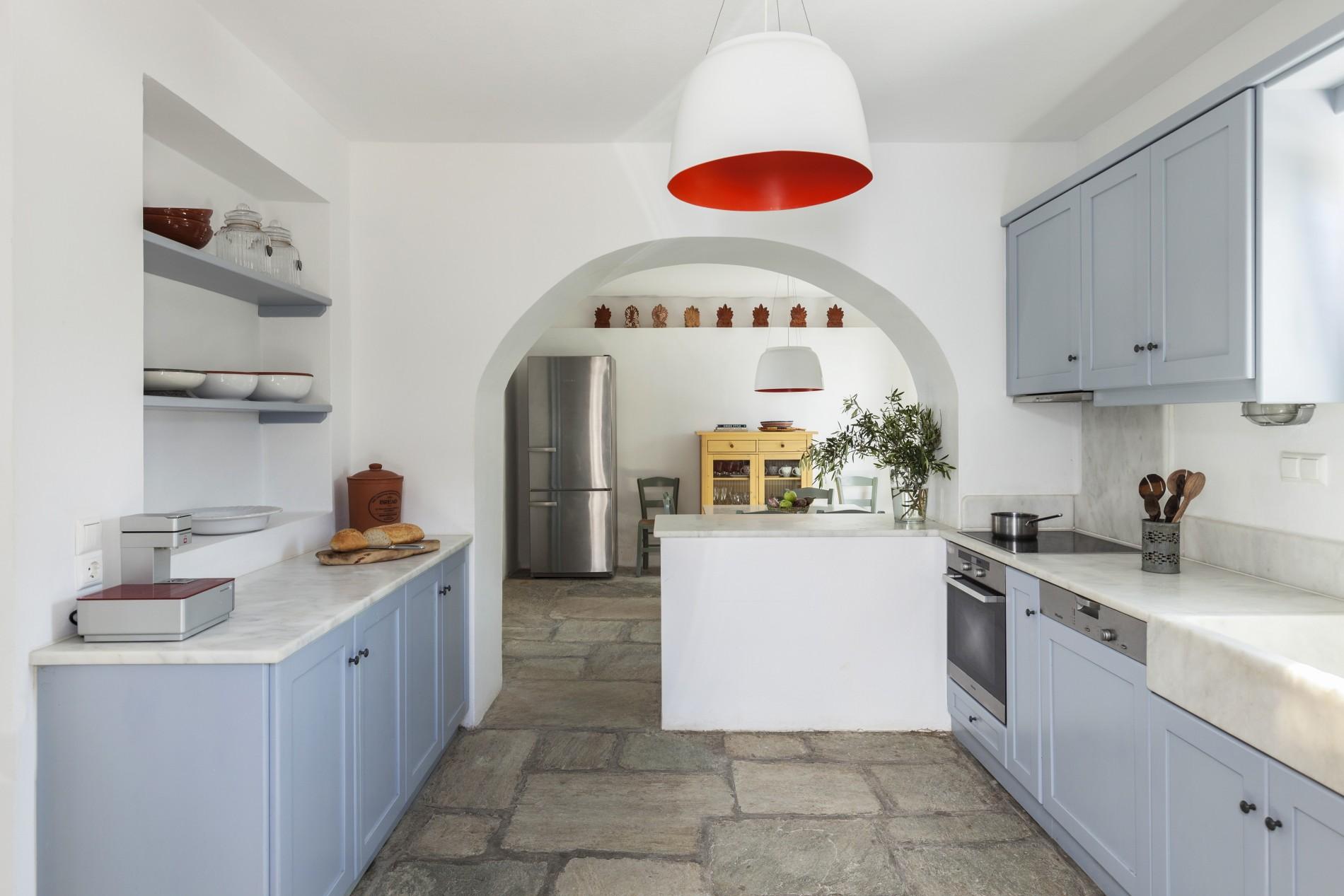 santa maria villa paros kitchen