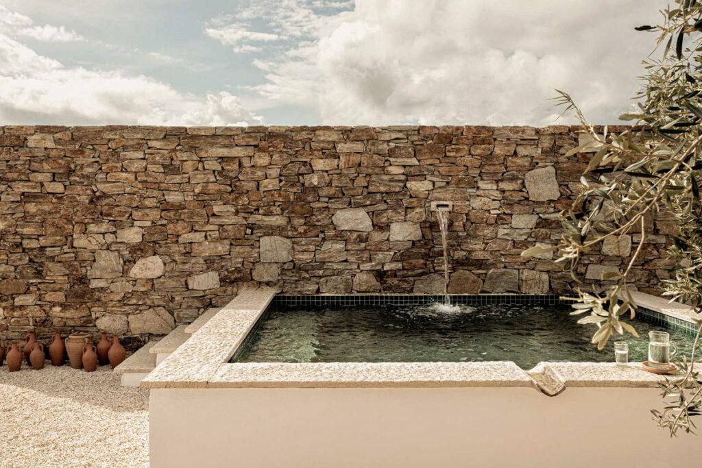 private pool villas antiparos