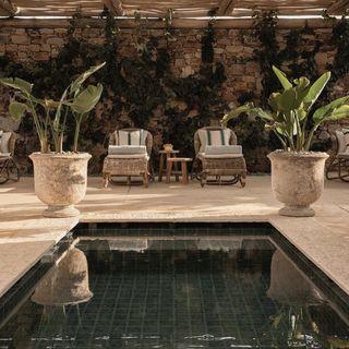 villas antiparos pools