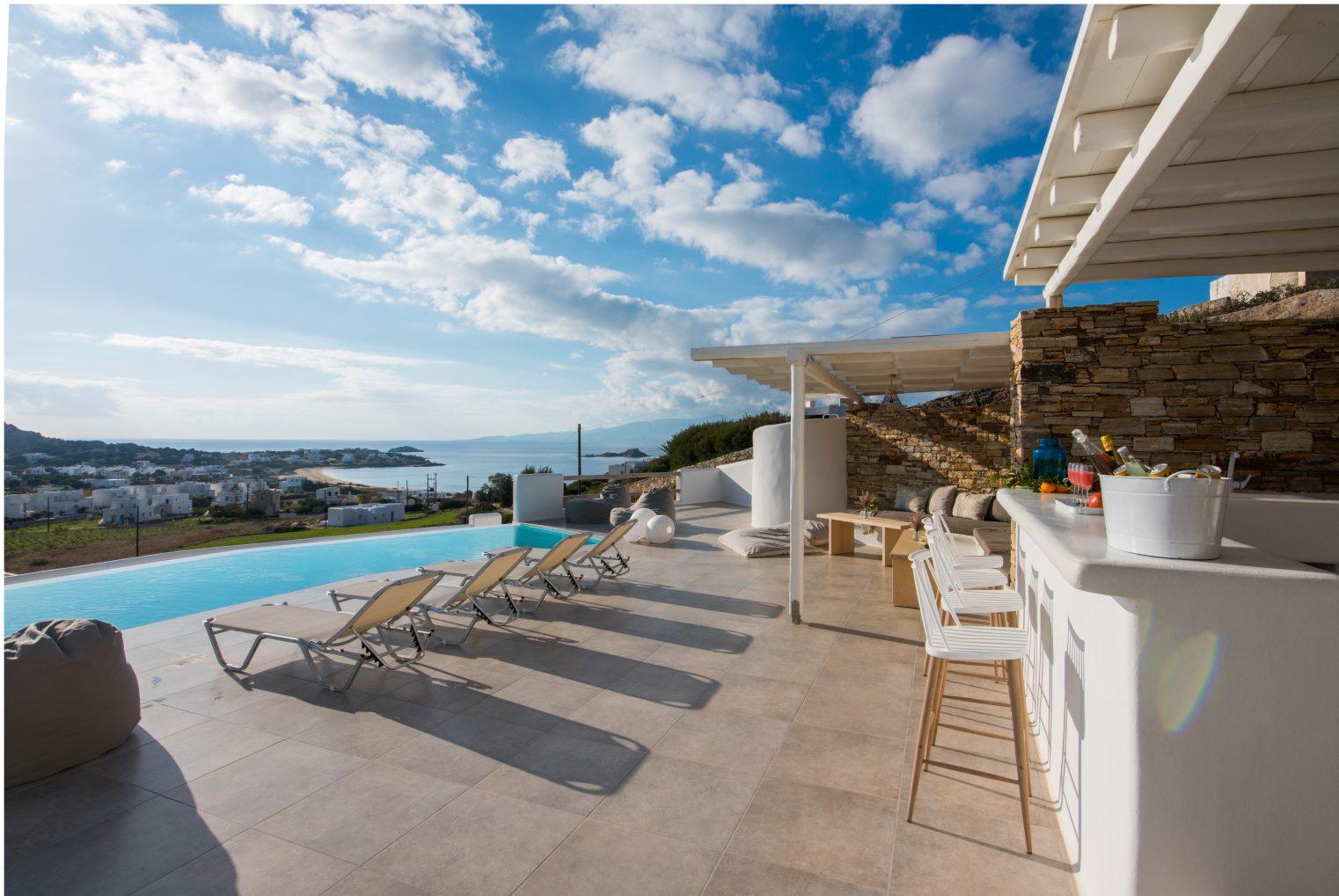 villas in naxos