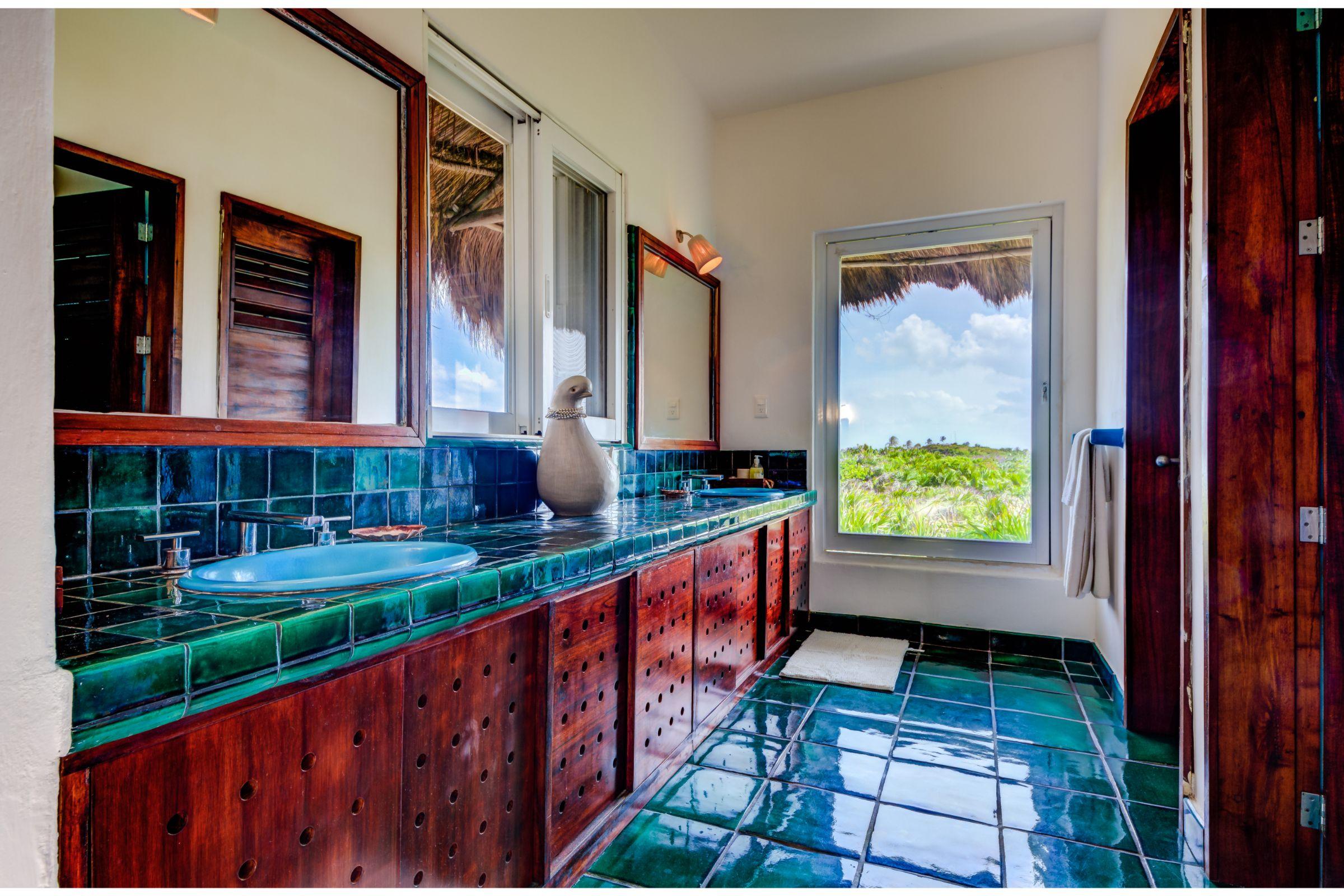 Milagro Tulum villa bathroom