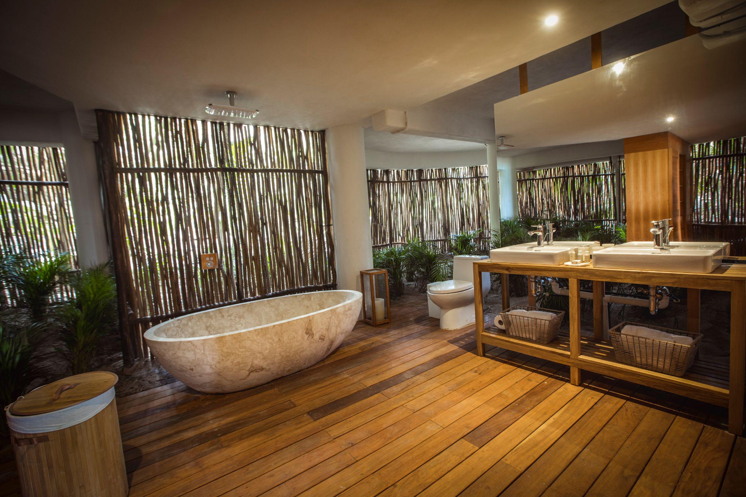 tulum seacesta bathroom